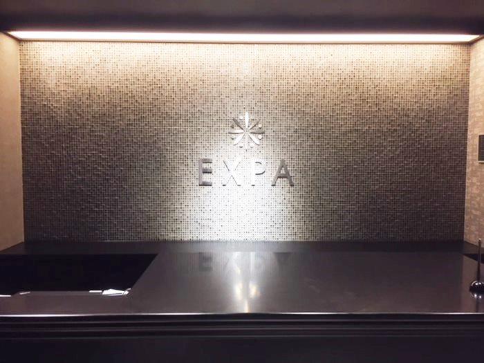 expa フロント